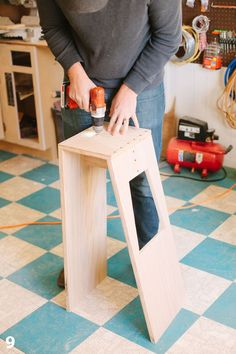 ❧ Stool - Click on the photo for the full DIY instructions. They'd be cool stained white.