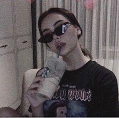 Badass Aesthetic, Bad Girl Aesthetic, Aesthetic Grunge, Aesthetic Photo, Aesthetic Pictures, Grunge Photography, Girl Photography, Girl Pictures, Girl Photos
