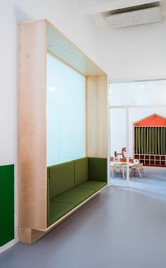 Hülle & Fülle - Everything About Kindergarten Industrial Office Design, Office Interior Design, Office Interiors, Kindergarten Interior, Kindergarten Design, Clinic Design, Learning Spaces, Commercial Interiors, Kid Spaces