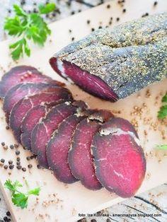 wolowina-suszona-w-ziolach-z-ponczochy Sausage Recipes, Beef Recipes, Homemade Summer Sausage, Best Cookbooks, Bulgarian Recipes, Smoked Ham, Artisan Food, Polish Recipes, Smoking Meat
