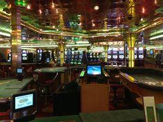Good size casino  #royalcaribbean #enchantmentoftheseas Good fun on the 3 and 4 night cruises