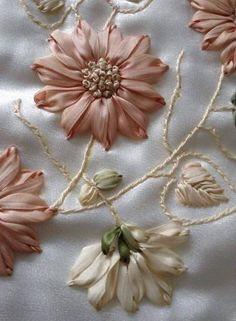Wonderful Ribbon Embroidery Flowers by Hand Ideas. Enchanting Ribbon Embroidery Flowers by Hand Ideas. Ribbon Embroidery Tutorial, Ribbon Flower Tutorial, Embroidery Flowers Pattern, Silk Ribbon Embroidery, Hand Embroidery Designs, Embroidery Thread, Wedding Embroidery, Embroidery Tattoo, Embroidery Supplies