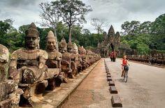 Saiba como visitar os templos do Camboja de bicicleta