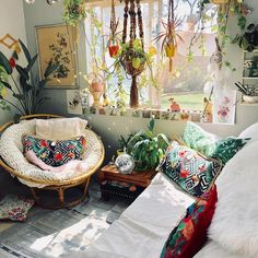 Outstanding cosy bohemian living room that will blow your mind - Outstanding cosy bohemian living room that will blow your mind - Bohemian Room, Bohemian Living, Bohemian House, Bohemian Interior, Hippie Style Rooms, Bohemian Style, Hippie Living Room, Bohemian Apartment, Bohemian Bedrooms