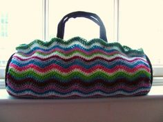 Tutorial: The Munro Bag...This is the easiest bag ever... I wouldn't even call this a pattern...