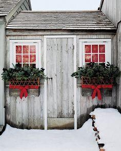 festive little cabin