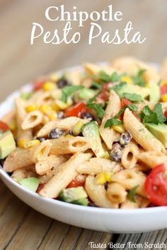 Chipotle Pesto Pasta: Fresh chipotle pasta, combined with tomatoes, black beans, avocado, corn and cilantro! A spicy delicious dinner. Mexican Food Recipes, Vegetarian Recipes, Healthy Recipes, Ethnic Recipes, Mexican Dishes, Healthy Foods, Pesto Pasta, Pasta Salad, Pasta Noodles