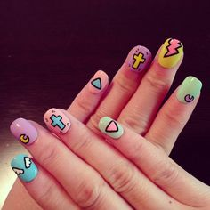 Pastel Comic Nails