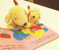 Just time for Spot and Sally to have one last bedtime story on Mother's Day (@puffinbooks)