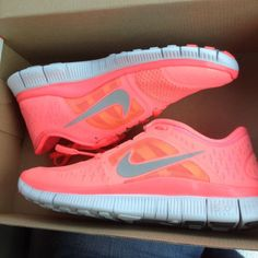shoes nike trainers bright neon coral orange patterned cute running running shoes nike free run nike pink fashion blog fashion blogger blogg...