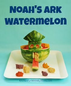 We created this fun Noah's Ark Watermelon Snack yesterday and my boys just loved it! This is very easy to make and a great way to talk with your kids about the story of Noah's Bible School Snacks, Watermelon Carving, Watermelon Art, Watermelon Birthday, Pumpkin Pie Cupcakes, Best Fruits, Good Food, Fun Food, Food Art