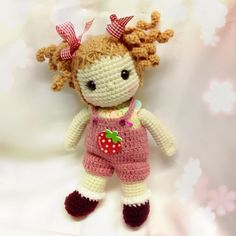 Crochet Doll. //  ♡ I'M IN LOVE!  I MUST MAKE HER!!! (...along w/ 9 BILLION OTHER PROJECTS!!!) lol   ♥A