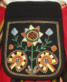 Bag of the Jalasjärvi dress.