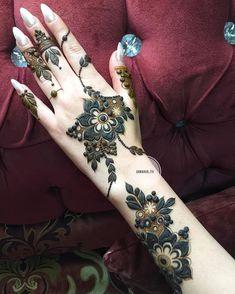 Modern Henna Designs, Floral Henna Designs, Indian Henna Designs, Latest Arabic Mehndi Designs, Henna Designs Feet, Mehndi Designs 2018, Bridal Henna Designs, Mehndi Designs For Fingers, Simple Mehndi Designs