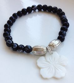 Black and White Shell Flower Bracelet Stacking by ElizaSophieDesigns