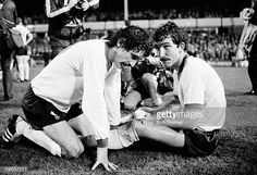 ♠ The History of Liverpool FC in pictures - Terry McDermott and Graeme Souness rest before the start of extra-time during the FA Cup Semi-Final Replay between Arsenal and Liverpool at Villa Park in Birmingham, April 1980 Liverpool Football Club, Liverpool Fc, Graeme Souness, Bob Paisley, Premier League Champions, Villa Park, Semi Final, Fa Cup