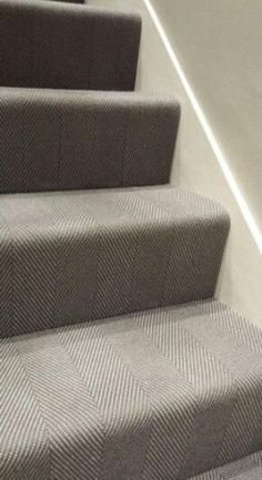 Staircase makeover with patterned carpet - adds style to home. Modern Staircase Railing, Staircase Makeover, Staircase Design, Staircase Ideas, Staircase Runner, Railings, Hallway Carpet, Carpet Stairs, Stairway Carpet
