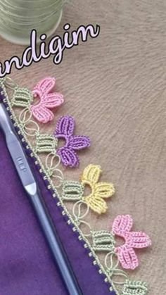 This post was discovered by HU Crochet Borders, Crochet Patterns, Yarn Crafts, Diy And Crafts, Ribbon Embroidery, Crochet Flowers, Crochet Projects, Tatting, Needlework