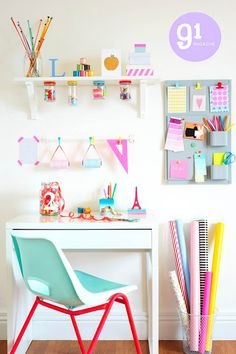 Organize your kid's desk space with colors that compliment eachother.