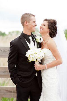 Danielle & Brandon Havemeier ~ Photo By Jess & Jen Do Weddings Flowers by Delano Floral