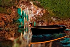 Mallorca: Visit the Caves of Hams - Cala Millor, Spain Glass Bottom Boat, Cave Tours, Free Park, Nature Adventure, Majorca, Picnic Area, Spain Travel, Beautiful Islands, Places To See