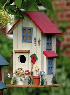 Bird House Kits Make Great Bird Houses Bird Houses Painted, Bird Houses Diy, Fairy Houses, Homemade Bird Houses, Decorative Bird Houses, Bird House Plans, Bird House Kits, Bird House Feeder, Bird Feeders