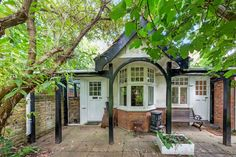 The Victorian family home of T. E. Lawrence is now for sale in Oxford