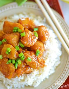 This Firecracker Chicken is the perfect mix of spicy and sweet and beats take-out hands down! #recipe #chicken #rice