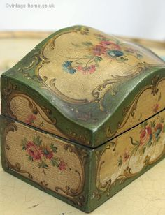 Vintage Home - 1930s Venetian Floral Painted Box.