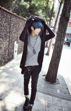 Imagem de blue hair, ulzzang, and park hyung seok