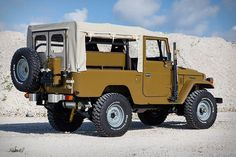 1981 Toyota Land Cruiser by Copperstate Overland – Men's Gear Toyota Lc, Toyota Fj40, Toyota Fj Cruiser, Toyota Trucks, Lifted Ford Trucks, Jeep 4x4, Classic Trucks, Classic Cars, Cars Characters