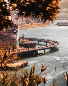 Portugal, Opera House, New York Skyline, Cool Stuff, Instagram, Travel, Landscape Art, Beautiful Landscapes, Stones