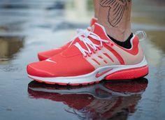 Nike Air Presto: Red