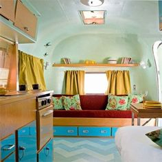 i want an airstream. have a fun Wednesday ! in Australia, an airstream-hotel on a build. Airstream Interior, Trailer Interior, Vintage Airstream, Vintage Caravans, Vintage Travel Trailers, Vintage Campers, Trailer Decor, Party Bus, Trailer Park