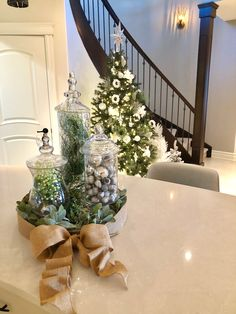 Beautiful Interior Design, Beautiful Interiors, Design Ideas, Christmas Tree, Table Decorations, Holiday Decor, Home Decor, Teal Christmas Tree, Decoration Home