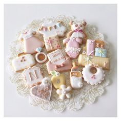 #icingcookies #decoratedcookies #sugarcookies #cookies #royalicing #customcookies #babygirl #babyboy #babyshower #babycookies #birthdaycookies #cbonbon #アイシングクッキー #クッキー | par Cbonbon.cookie