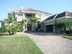 vacation rentals to book online direct from owner in . Vacation rentals available for short and long term stay on HomeAway. Vacation Rental Sites, Florida Vacation, Hotel Suites, Ideal Home, This Is Us, Outdoor Decor, House, Travel, Ideal House