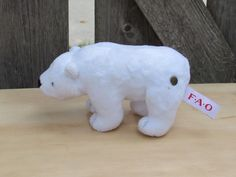 "NWOT FAO Schwarz Geoffrey Polar Bear Stuffed Plush Animal 7"" Button  #FAOSchwarz"