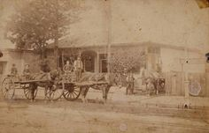 A scene on George St, Parramatta in 1890.