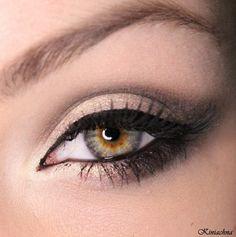 Classic Lined Smokey Eye