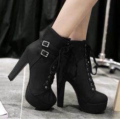 Vente Bottes femme talons haut & plateforme / NOUVEAUTE MODE achat cha – shop … Sale Stiefel high heels & plattform / NEW MODE buy cha – shop the fast! Lace Up High Heels, Black High Heels, High Heels Stilettos, High Heel Boots, Womens High Heels, Black Boots, Stiletto Heels, Shoe Boots, Heeled Boots