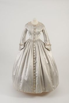 Day dress, 1842
