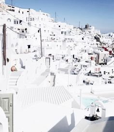 40. Santorini is my favorite place on earth// Jane Ramsay #inspiration [Instagram @janeramsayfashion]
