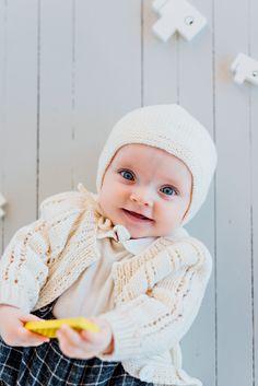 Merino wool, hand knit baby bonnet by a mother in Ukraine, Founded in Ålesund, Norway Alesund, Baby Knitting, Ukraine, Norway, Merino Wool, Crochet Hats, Knitting Hats, Baby Knits, Baby Afghans