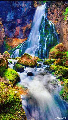 Beautiful waterfalls are found all over the world, often in wildly remote locations and areas of stunning natural beauty, so are appealing subject matter for Beautiful Nature Pictures, Beautiful Nature Wallpaper, Beautiful Gif, Amazing Nature, Nature Photos, Beautiful Landscapes, Beautiful World, Beautiful Places, Nature Nature