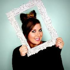Louise SprinkleofGlitter teaches me that size will NEVER define who a person is :) Pointless Blog, Sprinkle Of Glitter, British Youtubers, Beauty 101, Zoella, Unicorn Hair, When I Grow Up, Pink Champagne, Love Her Style
