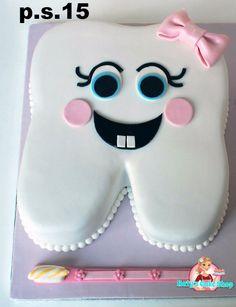 Dental Cake, Medical Cake, Fondant Cakes, Cupcake Cakes, Baby Nappy Cakes, Doctor Cake, Halloween Cupcakes Easy, Tooth Cake, Cupcake Videos