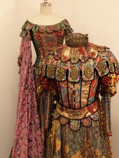 Donated by Spoleto Festival USA Theatre Costumes, Movie Costumes, Cool Costumes, Ballet Costumes, Historical Costume, Historical Clothing, Medieval Clothing, Scottish Clothing, Renaissance Dresses
