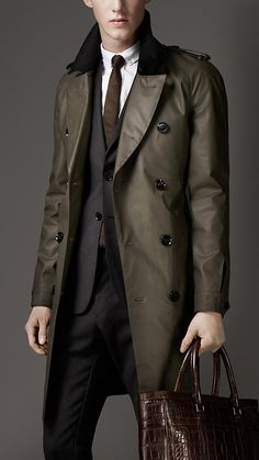 Burberry London Cotton Blend Raincoat. #fall #menswear