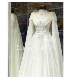 And details💕 Boutique Senkal family is happy to serve you … – Wedding Dresses Lace Bridal, Marriage Day, Muslim Wedding Dresses, Hijab Dress, Facon, Modest Fashion, Wedding Ceremony, Wedding Rings, Boutique